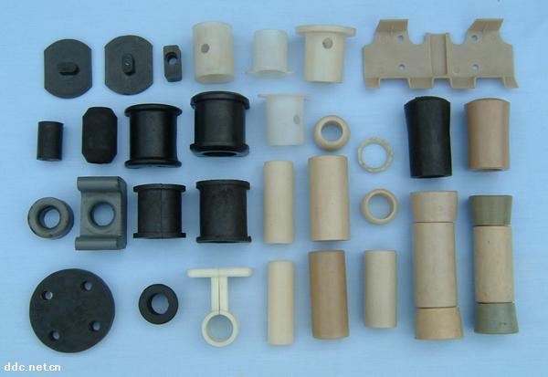 各种型号汽车塑料件